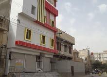 بناية بناء حديث للإيجار 100م الجمهوريه شارع السوق السايدين