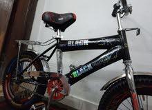 دراجه مقاس 16 ماركه black shade بحاله نضيفه جدا