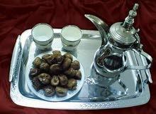 نسوي قهوه مع التمر مغلف بالطلب لأهل الرياض