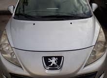 سيارة بيجو  207 موديل 2012 للبيع بحالة جيدة جدا