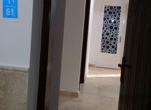 للبيع شقة راقيه فسوق الخوض اول خط من شارع مقابل نفط عمان جديده وحديثه ومكيفه ومؤ
