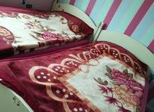 سرير مفرد ونص عدد 3 للبيع