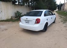 White Chevrolet Optra 2010 for sale