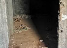 مخزن للايجار بكفر مسعود متفرع على شارع رئيسى