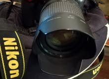 كاميرا نيكون D7000 للبيع بحاالة الوكالة بسعر محروق