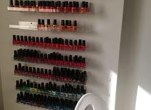 مطلوب nail and hair services