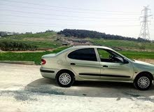 Manual Silver Renault 2000 for sale