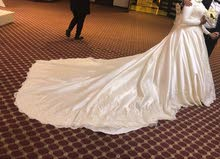 فستان فرح مستعمل كالجديد A wedding dress in a very good condition