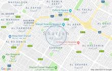 للبيع شقه ثلاث غرف وصاله ومجلس غرفه خدامه اطلاله اماميه علي شارع