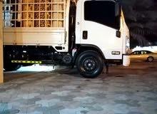 نقل الأثاث وجميع الأغراض مع توفير عمال ونجار عند الطلب