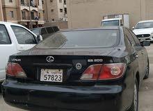 للبيع سيارة لكزس 2003