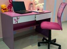 طاولة مكتب للدراسة  مع كرسي مكتب