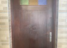 باب خشبي للبيع