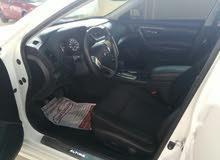 White Nissan Altima 2016 for sale