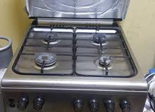 طباخه  4شعلات مع فرن للبيع بسعر مناسب
