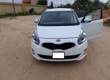 Kia Carens 2013 For sale - White color