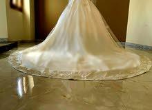 فستان  زفاف  ملكي  جديد  من تصميم D'oro