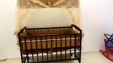 سرير للبيع