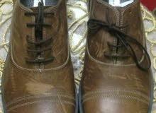 حذاء إيطالي جلد بنى مقاس 43