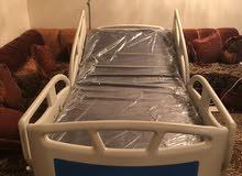 للبيع سرير طبي للمرضى وذوي الاحتياجات الخاصه
