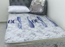 سرير مع مرتبه