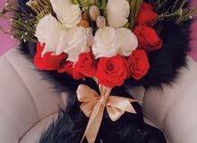 منسق زهور وتغليف الهدايا وتجهيز القاعات