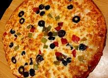 سطى بيتزا باحت عن عمل