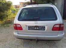 +200,000 km Mercedes Benz E 240 2000 for sale
