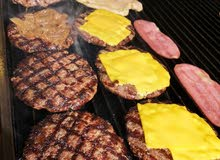I am looking for an experienced burger maker