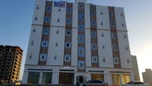 شقة 90م للايجار في المعبيلة الجنوبية قرب نيستو و سوق راشد