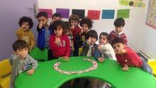 حضانة في شميساني تبحث عن معلمة للاطفال