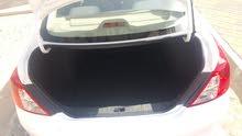 سيارة نيسان صني موديل 2013 ممتازة جدا جير ومكينة ما تحتاج أي مصروف إقتصادية جدا