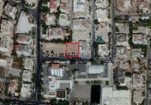 قطعة أرض تجاري في موقع مميز في الرابية مقابل المدارس المعمدانية للبيع