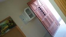 غرفه وصاله و دورة مياه للإيجار