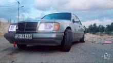 1 - 9,999 km Mercedes Benz E 200 1990 for sale