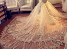 فساتين زفاف وسهره