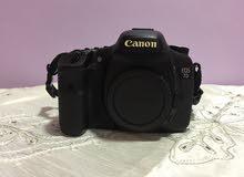 للبيع كاميرا كانون 7D الاحترافية