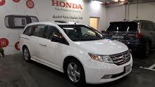 هوندا اوديسي تورنق Honda TOURING فتحة سقف كاملة و اعلى مواصفات