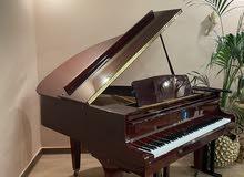 للبيع بيانو كاواي  كفاله سنه