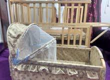 سرير اطفال تحت 5 سنوات قطعتين استعمال نظيف