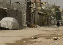 نصف قطعه أرض للبيع في القبلة قرب سوق المسطر. مميزة