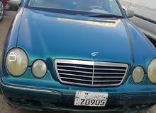 سيارة مرسيدس موديل 2000