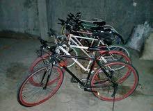 دراجات هوائية إستعمال كوري حاجة نظيفة ومتينة
