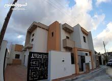 منزل للبيع دورين عين زارة بالقرب من شيل القرقني