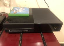 XBOX ONE 500GB. Immaculate Condition (Fifa 19)