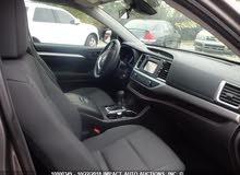 Toyota Highlander 2018 For sale - Grey color