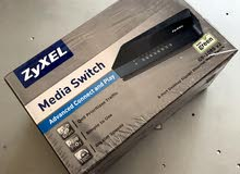 Media Switch 8-port  سويتش تيواني