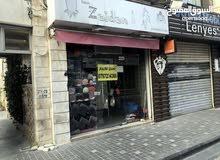 محل تجاري للايجار في شارع الرينبو