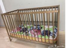 سرير أطفال كالجديد للبيع
