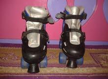 حذاء عجلات (بوت) للبيع